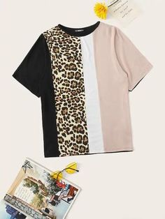 To find out about the Color Block Leopard Print Tee at SHEIN, part of our latest T-Shirts ready to shop online today! How To Roll Sleeves, Half Sleeves, Printed Tees, Printed Blouse, Shein Mode, Short Suit, Lace Cuffs, Latest T Shirt, Dye T Shirt