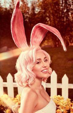 [ Miley Cyrus - Happy Easter (5/16) ]