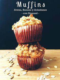 Muffins de Avena, Banano y Arandanos cover2 Cupcake Recipes, Baking Recipes, Cookie Recipes, Vegan Sweets, Healthy Desserts, Healthy Food, Vegan Junk Food, Vegan Sushi, Cooking Cake