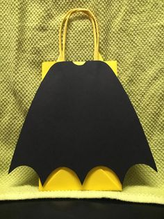 BATMAN Birthday Party (Set of Favors/ Bags/ Goodie/ Loot/ Candy/ Treats/ Supplies/ Decorations/ Fiesta/ Gifts - Batman Decoration - Ideas of Batman Decoration - BATMAN Birthday Party Favor Bags Set of by CreationsbySulena Lego Batman Birthday, Lego Batman Party, Superhero Birthday Party, Boy Birthday Parties, Birthday Party Favors, 5th Birthday, Batman Party Favors, Birthday Candy, Cake Birthday