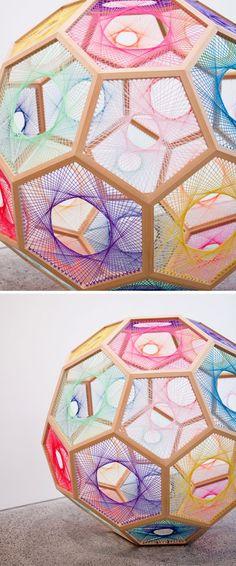 Artes com linhas e pregos, alfinetes, cordas, agulhas........linhas coloridas ***full size geo dome you can walk through or half dome on floor or up in a corner space***
