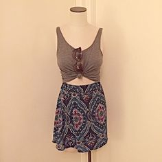 Francesca's Collections skirt Elastic waist skirt, new with tags! Totally cute for spring  beautiful pattern with blues and pinks, perfect for any wardrobe! Francesca's Collections Skirts Mini