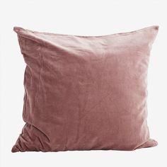 Madam Stoltz-Cuscino in velluto 50 x 50 cm Cute Cushions, Velvet Cushions, Cushion Cover Designs, Cushion Covers, Cushion Filling, Cotton Velvet, Red Poppies, Everything
