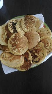 Chickpea flour pancakes (low GI) - A B C your GIs: Chickpea flour pancakes (low GI) - Chickpea Flour Pancakes, Healthy Treats, Healthy Recipes, Yummy World, Biscuit Cake, French Toast Casserole, Vegan Appetizers, Batch Cooking, Coco