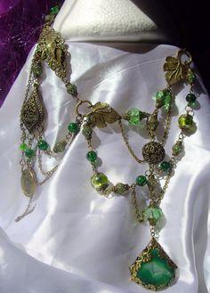 Poison Ivy grand collier pendentif de par GothicWeddingAngel