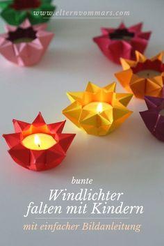 Colorful lanterns fold with children - with simple picture .- Bunte Windlichter falten mit Kindern – mit einfacher Bildanleitung Folding lanterns with children from origami paper - Kids Crafts, Crafts For Teens, Diy And Crafts, Origami Diy, Origami Tutorial, Simple Origami, Origami Gifts, Origami Ideas, Origami Design