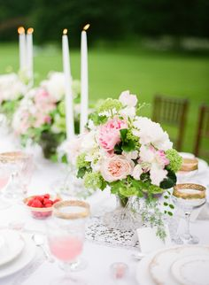 Romantic Springtime Wedding Inspiration. #tablescapes, #centerpiece, #glassware. Photography: Yazy Jo - yazyjo.com