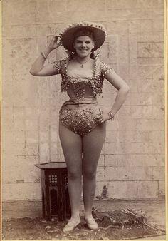 1890s exotic dancers (8)