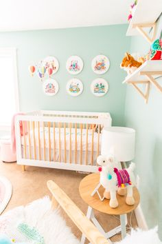 This Travel Themed Nursery is filled with simple and stylish inspiration for a baby girl's room! With custom pieces, modern furniture, and global decor! Travel Theme Nursery, Nursery Themes, Themed Nursery, Global Decor, Travel Themes, Girl Nursery, Baby Love, Your Design, Modern Furniture