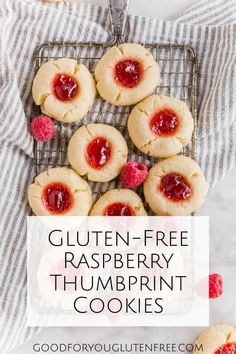 Gluten-Free Raspberry Thumbprint Cookies These cookies are almost too pretty to eat. Click through to get my recipe for gluten-free raspberry thumbprint cookies. They're BUTTERY and soft; I hope you love 'em as much as we do! Cookies Sans Gluten, Dessert Sans Gluten, Gluten Free Cookie Recipes, Bon Dessert, Gluten Free Diet, Gf Recipes, Foods With Gluten, Best Gluten Free Cookies, Best Gluten Free Desserts