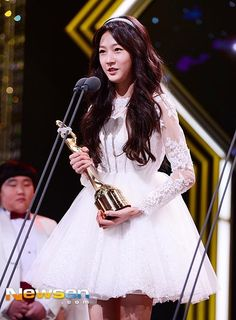 """Ngắm loạt hình """"dậy thì thành công"""" của công chúa sinh năm 2000 của điện ảnh Hàn Quốc Kim Sae Ron - Điện ảnh"""
