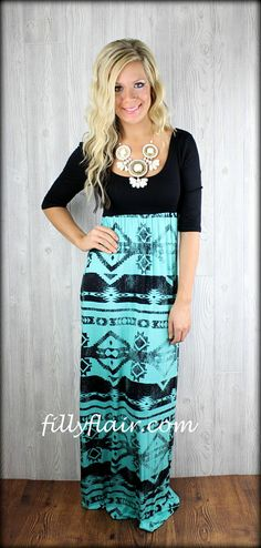 Queen of all tribes Maxi in black and mint: Filly Flair