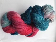 100g 4fach handgefärbte Sockenwolle, gefärbte Wolle von Opal, pink und blau