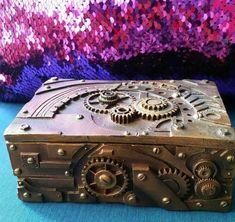 Jewelry Box Steampunk Gearwork Figurine Keepsake Trinket Robotic Mechanical New Black Dachshund, Dachshund Dog, St Pierre And Miquelon, Box Manufacturers, Metal Gear, Little Boxes, Keepsake Boxes, Trinket Boxes, Vintage Antiques