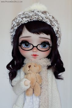 Welcome to Poison Girl's Dolls! I'm María and customizing dolls is my passion. Pullip & Blythe custom dolls for sale in my shop. Cartoon Girl Images, Cute Cartoon Girl, Pretty Dolls, Beautiful Dolls, Ooak Dolls, Blythe Dolls, Cute Baby Dolls, Cute Girl Wallpaper, Baby Fairy