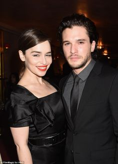 Awkward: Kit Harrington and Emilia Clarke admitted their recent sex scene as Jon Snow and Daenerys Targaryen was 'weird' to film, knowing the characters were blood related Emilia Clarke, Game Of Thrones Cast, Game Of Thrones Quotes, Kit Harington, Maisie Williams, Jon Snow Y Daenerys, Kit And Emilia, A Dream Of Spring, Game Of Trones