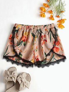 Lace Trim Floral Petal Shorts