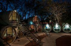 Hotel in beeld: slapen in een betonnen rioolbuis, Mexico