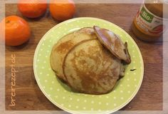 Banana pancakes for the baby: from just 3 ingredients you can bake these delicious pancakes without sugar, which will taste great for the whole family. we particularly like them with apple sauce. Here is our pancake recipe: www. Baby Food Recipes, Great Recipes, Cooking Recipes, Banana Pancakes For Baby, Backen Baby, Baby Snacks, Banana Recipes, Homemade Baby, Kids Meals