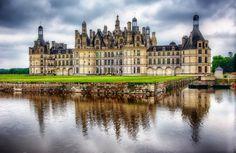 Louer un autocar pour une visite du château de Chambord en groupe, et profitez de tarifs preferentiels