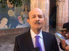 El ex gobernador de Michoacán celebró que la actual administración estatal haya tomado cartas en el asunto paradar con los responsables del desfalco financiero en la entidad, pero mencionó que ...