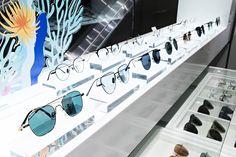 스틸 소재의 아이웨어 스틸러(STEALER)! 개성있는 디자인으로 다양한 스타일을 연출할 수 있는 스틸러 제품을 갤러리아 WEST 3층에서 만나보세요.