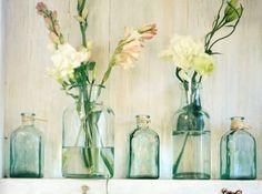 Mariage champetre bouteilles fleurs