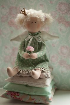 Tilda Little Princess and the Pea tilda doll fabric by KatiesTilda ADORABLE!! ♥