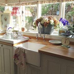 Shabby and Charme: Il romantico cottage inglese di Tracey