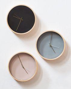 """Tick-tock, tick-tock,"" says the clock while Clara waits for Anna. In shops now. Wall clock, price DKK 118,00 / SEK 159,00 / NOK 173,00 / EUR 16,53 / ISK 3119 / GBP 13.95  #whilesupplieslast #wallclock #clock #telltime #time #interior #inspiration #sostrenegrene #søstrenegrene #grenehome"