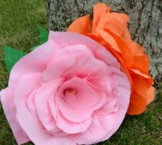 Giant Crepe Paper Flowers Craft | AllFreePaperCrafts.com