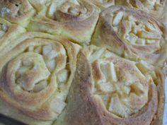 C Mom Cook: Pumpkin Brown Butter Apple Cinnamon Rolls with Maple Glaze