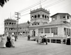"""Atlantic City, New Jersey, circa 1907. """"Young's Million-Dollar Pier."""" One of the main attractions of """"Captain"""" John Young's 1,700-foot pier was a deep-sea net haul of fish from the far end."""