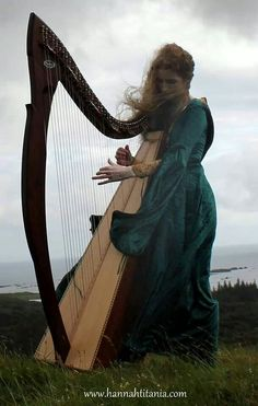 Hannah and her beautiful harp