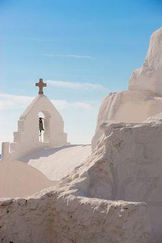 Church in Mykonos, Greece. #mykonos #greece #yoga www.yoga-escapes.com
