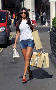 Georgia Salpa leggy Out and About in London  http://www.simplecelebrity.net/?p=14512