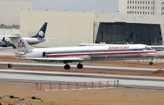 American Airlines MD-80 N435AA