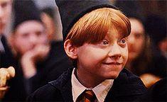That face :) Harry Potter Disney, Harry Potter Characters, Harry Potter Love, Harry Potter Books, Harry Potter World, Ron Weasley, Harry Potter Pictures, Rupert Grint, Gifs
