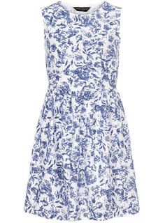 Floral Print Textured Ottoman Dress-Love how ladylike this dress looks. Work appropriate dress yet still fancy.