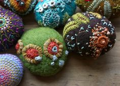 Join Fiber Art Now magazine to get inspired and connected! www.fiberartnow.net lil fish studios  so cool!