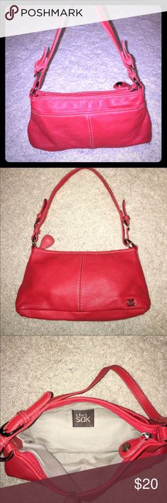 Red Sak small Handbag Very little wear and in excellent condition for used. The red is almost a red/ orange color. The Sak Bags Shoulder Bags