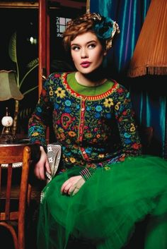 Ivko is a Belgrade (Serbia) based knitwear design company. Ivko designers find inspirations in cultural herritage of different world's ethnic groups, historical periods and abstract arts. Quirky Fashion, Folk Fashion, Colorful Fashion, Fashion Brand, Russian Fashion, Russian Beauty, Fair Isle Knitting, Boho, Lana