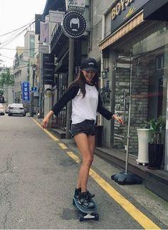 #Koreastarfashion#Kstar#Kstyle#kpop#rainbow#jaekyung#레인보우#재경