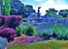 Lake Geneva, WI, Dreihaus donated fountain, modeled after the Bethesda fountain in New York.