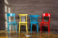 Картинки по запросу перекрашиваем венские стулья
