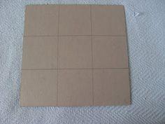 PAP: Como fazer artesanato Para fazer esse trabalho você irá precisa de :-Uma folha de papel paraná ou panamá de expressura média.Vamos lá...Você irá cortar um quadrado de 28cmx28cm Depois de cortado, você irá riscar de acordo com o desenho acima, de acordo que em cada lateral tenha 3 quadrados respectivamente dos tamanhos 9,5cm, 9cm e 9,5cm = 28cm cada lado. ...