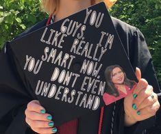 Funny Graduation Caps, Graduation Cap Designs, Graduation Cap Decoration, Graduation Diy, High School Graduation, Graduate School, Graduation Invitations, Funny Grad Cap Ideas, Senior Graduation Quotes