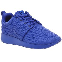 Nike Roshe Run ($135) ❤ liked on Polyvore featuring shoes, athletic shoes, racer blue dmb w, trainers, unisex sports, nike shoes, sports footwear, unisex shoes, nike and sporting shoes