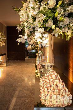 Decoração de Casamento: Flores brancas no Casar.com, onde você encontra Inspirações e Dicas para seu Casamento feito por quem mais entende do assunto