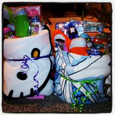 Beach towel Easter baskets :) We can fill with swimsuits and beach vacay stuff:)